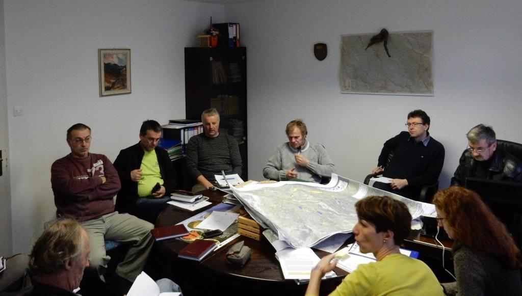 Delavnice za revirnimi gozdarji za boljše umeščanje ukrepov, foto: ZGS
