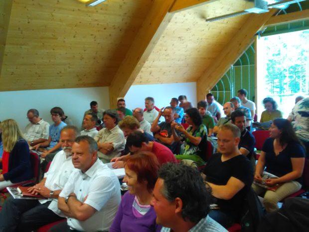 Sodelovanje na posvetu in terenski delavnici na Pohorju